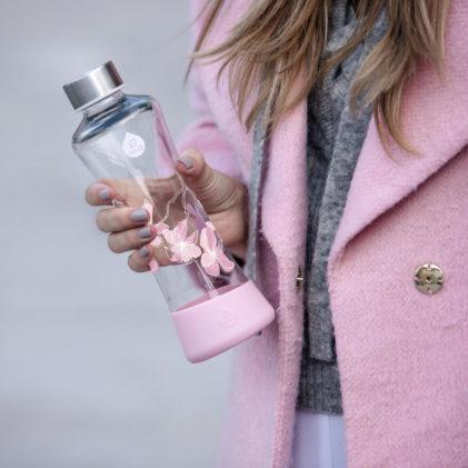 Steklenička Equa Magnolia