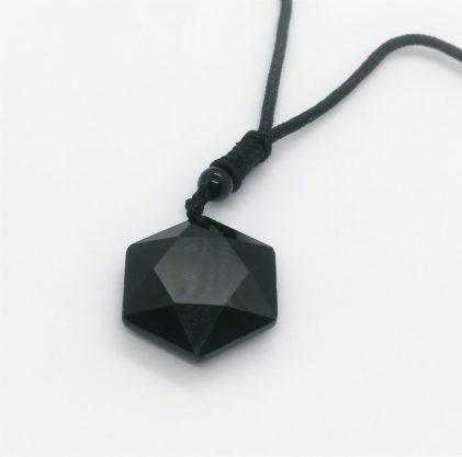 ogrlica z obeskom iz obsidiana